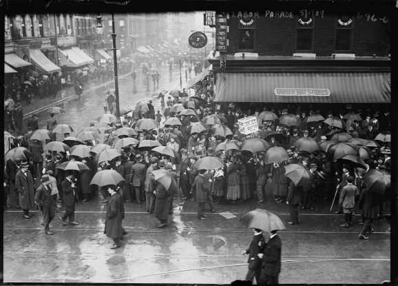 Labor-Day-parade-in-the-rain-New-York-City-rs